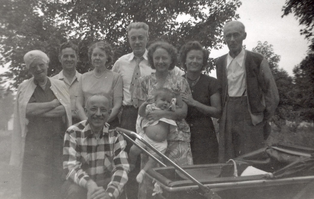 Collinsville, Connecticutt, 1951, Davids and Wolf Families.